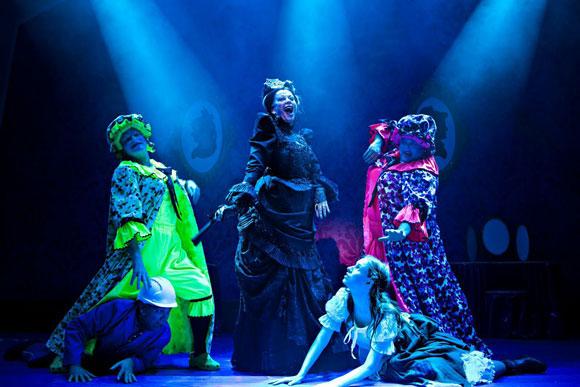 Cindarella_Mercury_Theatre_Colchester